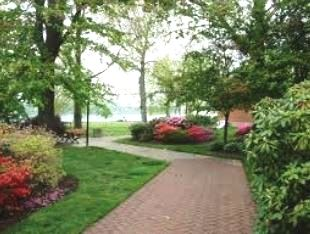 Navy Yard Park 10.5 Acre park overlooks the waterfront and is lined with beautiful flower arrangements