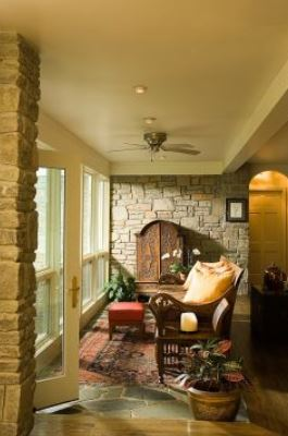 Preparing your House to Sell Guide, Required Steps for a Successful Sale, De-clutter, Neutralize, Pre-Pack by Ron Klingbyle compliments of www.windsorrealestateonline.com